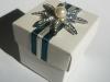 favour-box-peal-diamond-flower