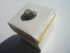 favour-box-cream-diamond-heart