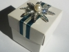 favour-box-peal-diamond-flower